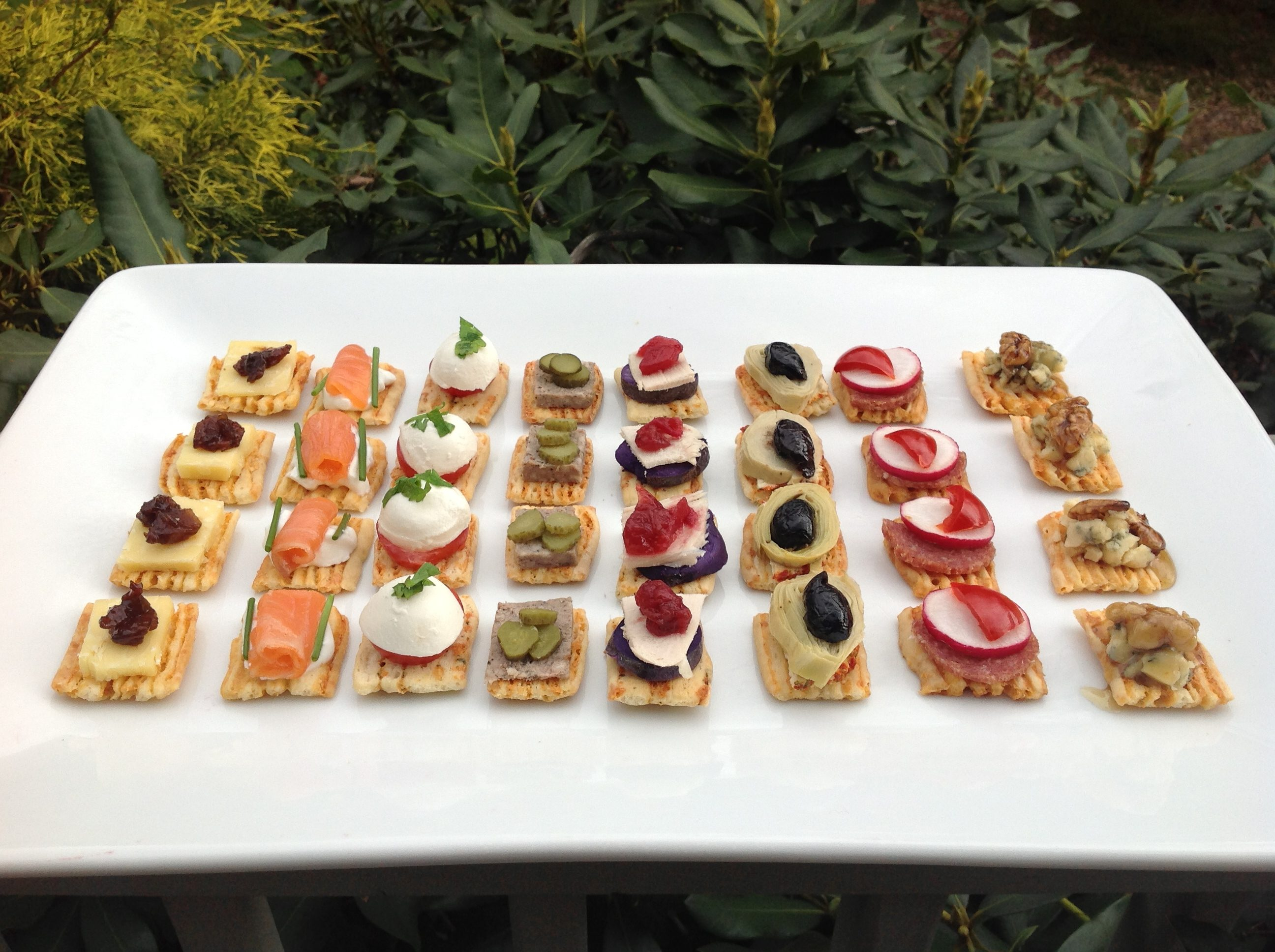 TASTY TUESDAY: SIMPLE PARTY PLEASERS
