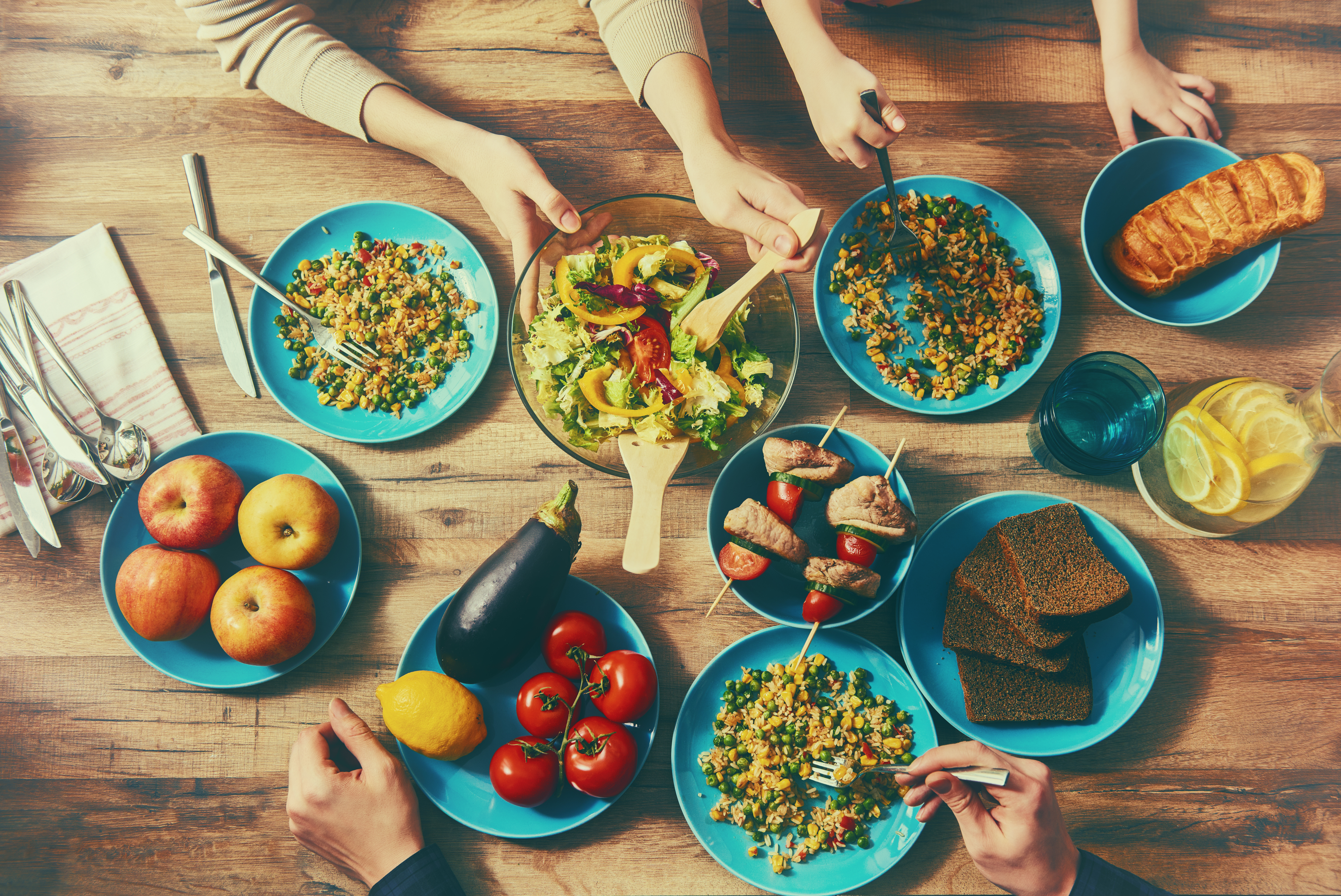Why It's Important to Eat Dinner as a Family