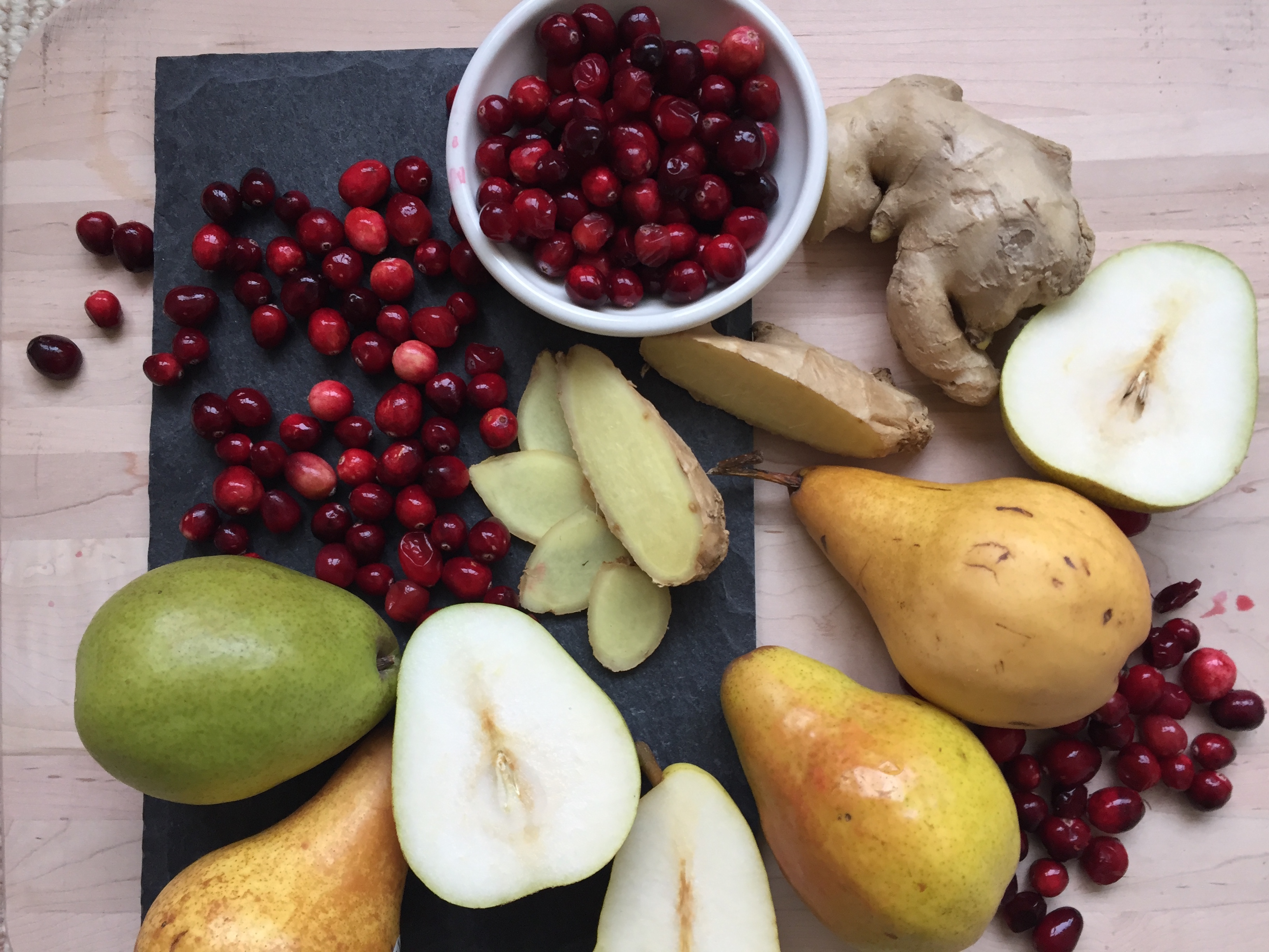 CRANBERRY, PEAR AND GINGER RELISH