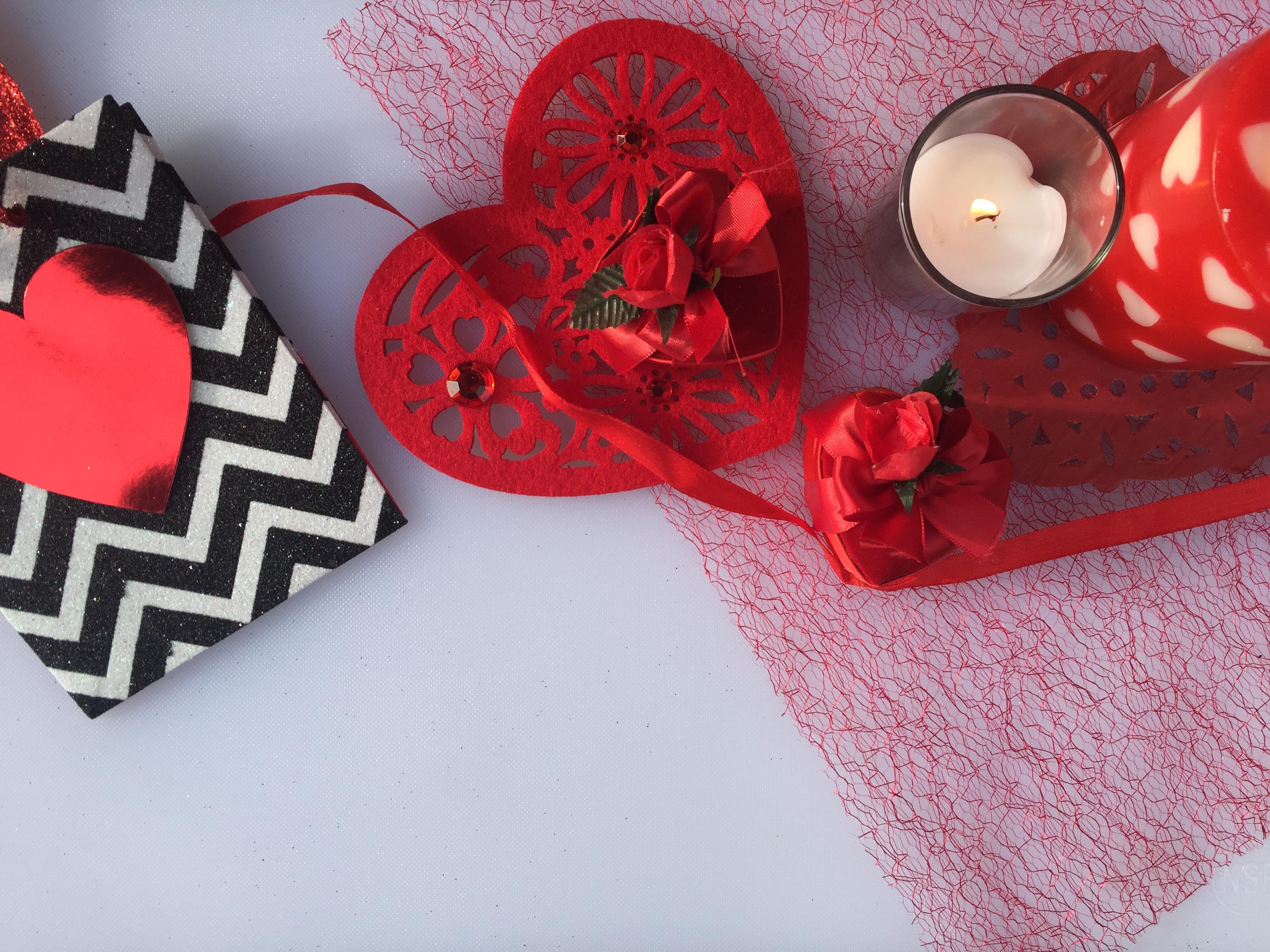 EASY ROMANTIC VALENTINE'S AT HOME