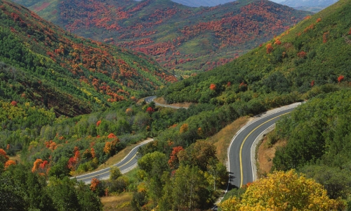 17981_8608_Wasatch_Mountains_Utah_Driving_md