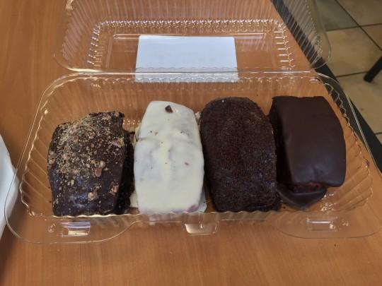 empirecakesnackcakes-1