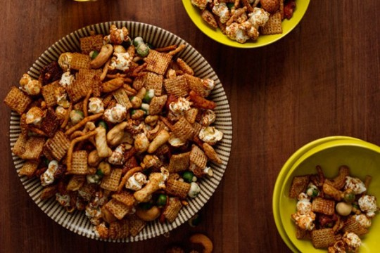 365215_asian-snack-mix_1x1